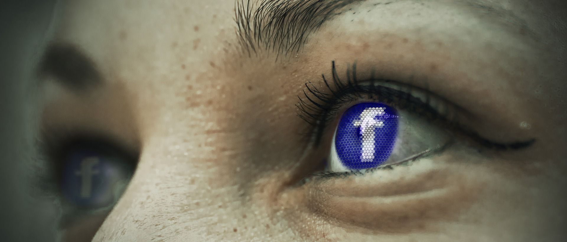 ojos para ganar dinero con redes sociales